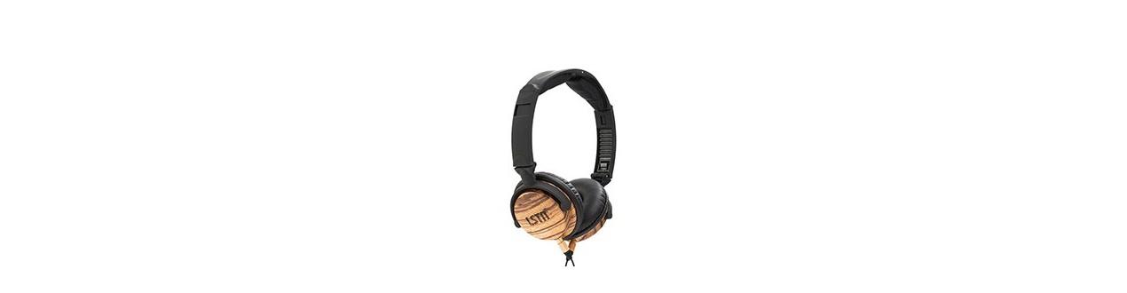 Vezetékes fejhallgatók és fülhallgatók